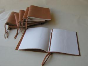 3 Lederbücher ohne Klebstoff